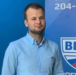 Максим Беззубов